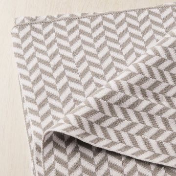 ... China 100% Cotton Knitted Baby Blanket in Super-soft and Lightweight ... 5af3e6f73
