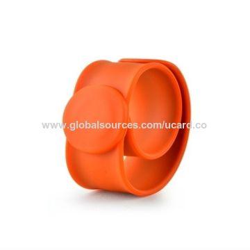 China NFC Wristband Silicone RFID Printed HF Bracelet on