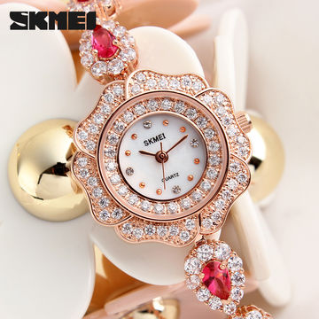 gold wrist case fashionable women watch fashion s jewel watches golden
