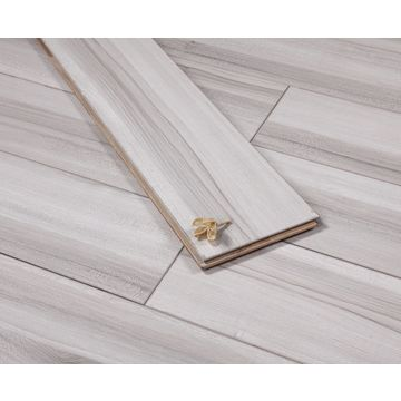 China North American Maple/Waterproof/Wear-resistant/Paint-free/Engineered Flooring