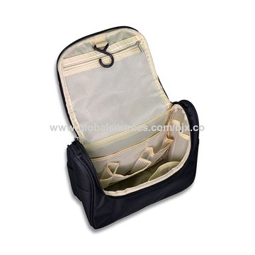 e9b9917e6bb ... China Hanging Toiletry Bags Travel Toiletry Kit for Men Women ...