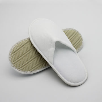 eb0c397972f391 ... China Cheap price kids  bedroom slippers soft sole hotel slippers anti- slip bath slipper