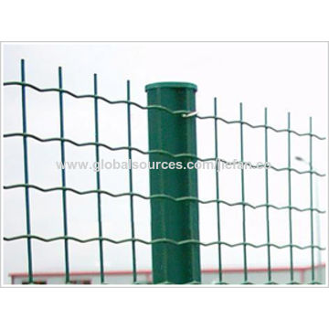 China Fencing Philippines 4x4 Welded Wire Mesh Fence