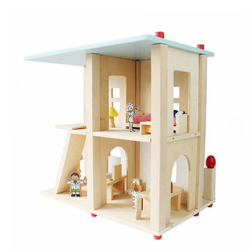 China Wholesale wooden hospital toy set for kids includes dolls and