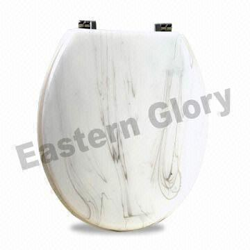 China Luxurious Toilet Seat Made of Durable Clear Resin with Marble Design