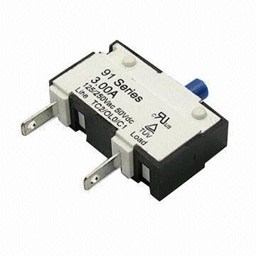 125/250V AC 50V DC 91 Series Thermal Circuit Breaker with >500MΩ Insulation Resistance