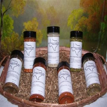Down Yonder BBQ Rubs & Spices Gift Basket ( 7 Botles of assorted rubs and spices for cooking )