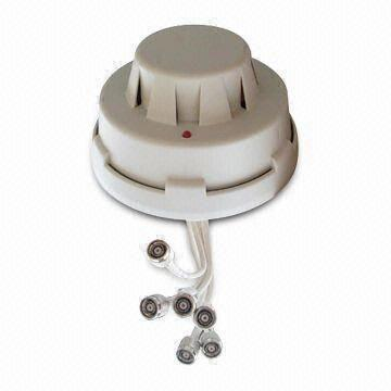 Hong Kong SAR Dual Band MIMO Ceiling Mount Antenna with 2400 to 2500/5150 to 5850MHz Frequency and 4.5dBi Gain
