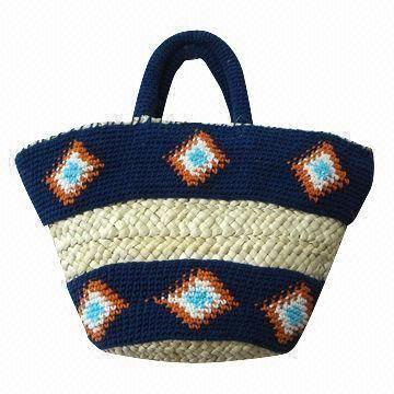 Corn Husk Handbag with Hand Crocheted Diamond Decoration