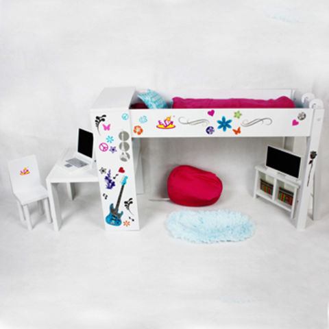 China Wooden Doll Bed with Computer Desk/Computer/Chair/Bookcase/TV/Sofa/Carpet/Two Pillows/Blanket