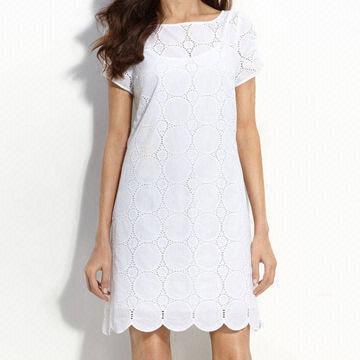 White Shift Dress on Ladies  Women S White Eyelet Shift Dress  Work For Most Body Types
