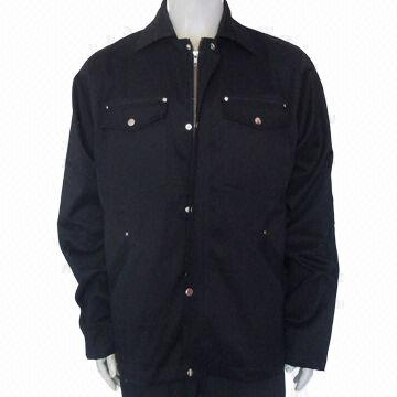 China Men's Jacket, Made of Cotton Twill Material