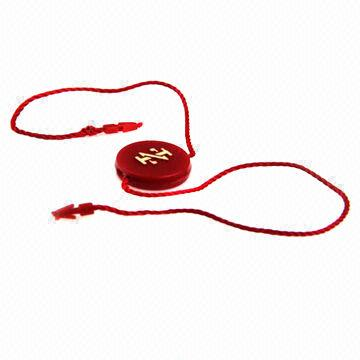 China Plastic String Hangtag Seal RG Tags for Garments, Customized Sizes are Accepted
