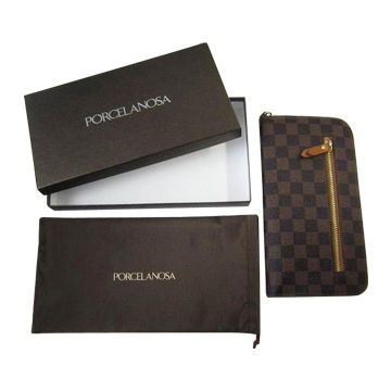 China Women wallet made of PU leather, can be customized by clients' design