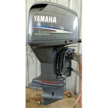 2004 yamaha 300 hp 25 2 stroke hpdi outboard motor for for Yamaha 2 hp outboard motor for sale