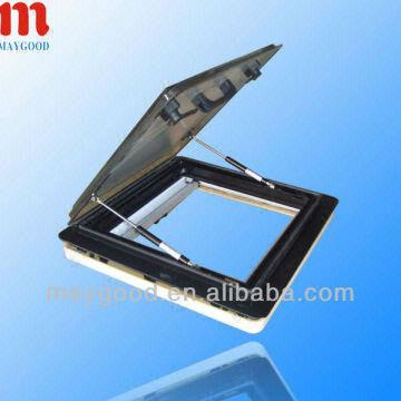 Caravan roof window