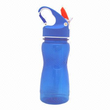Hong Kong SAR Tritan Water Bottle with Carabiner Cap, Volume of 600ml, Freezer Can be Installed for Custom Made
