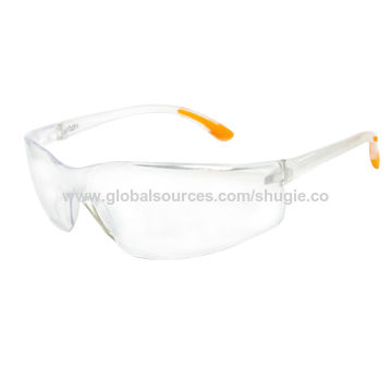 a16d6d375b9 Taiwan Safety glasses with injected PC frame