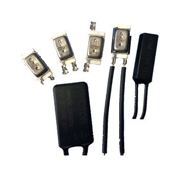 Auto snap action temperature switch, compact design