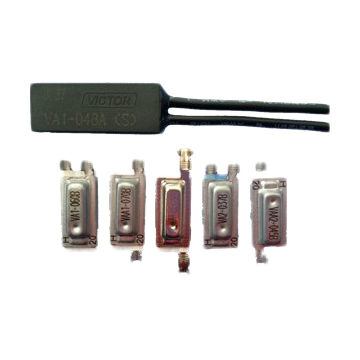Temperature switch for thermostat's PCB assembly