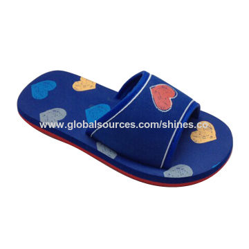 Children's Slipper with EVA Upper and Outsole, Allow Various Customized Logos Printing on Upper