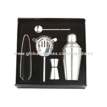 China 5pcs stainless steel cocktail shaker set