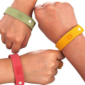 Insect-repellent Wristbands, Customized Colors and, Logo Silkscreen Printing Available