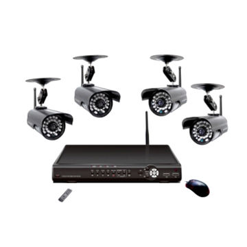 China Multifunctional DVR Cameras with 3-channel Wired and 4-channel Wireless Signal Input