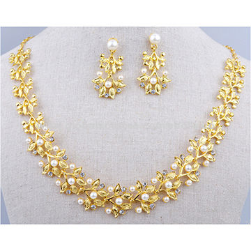 Stylish Gold-plated Jewelry Set with Imitation Pearl and Crystal,OEM Order are Welcome