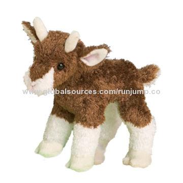 cute stuffed plush animal laydown giraffe toys, made of soft plush and PP padding for kid's promo