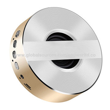 China Metal Material Bass Wireless Bluetooth Speakers with Promotional Gift Lens