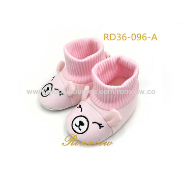 Lovely baby shoes, made of animal style, soft knitted fabric and anti-slip outsole, 0-18M