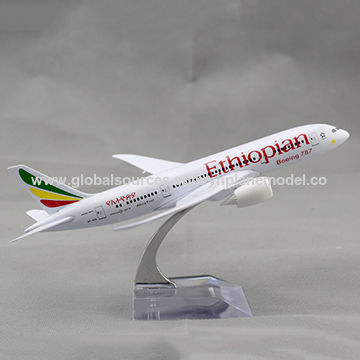 20cm B787 Emirates Airlines Metal Model Aircraft