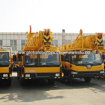 284HP Engine WD615.329 25T Truck Crane