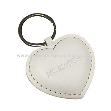China Simple PU Leather Keychains in Heart Shape and Engraved Logo, Customized Designs are Welcome