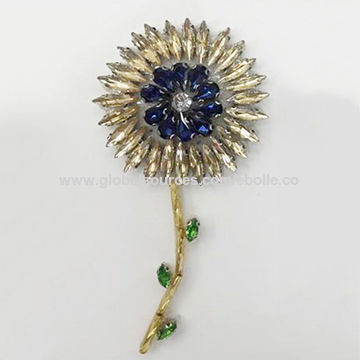 Shiny Rhinestone Flower Garment Accessories, Customized Designs are Welcome