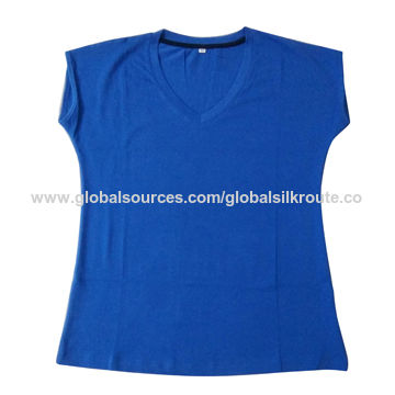 India Men's V-neck T-shirt Made by Organic Cotton