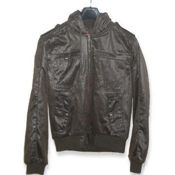 China Men's Twill Coating Jacket with 100% Cotton Sheet Lining, Ribbon Cuff and Hem
