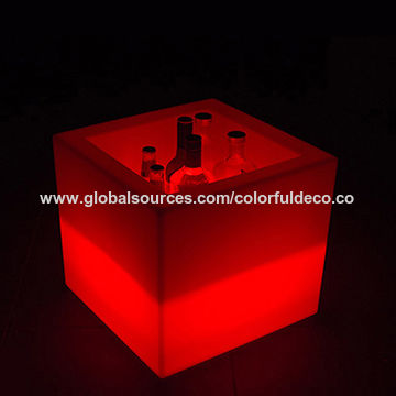 E107 rechargeable battery operated clear bar cheap square waterproof plastic electric LED light glow