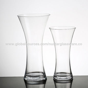 China Handmade Clear Glass Vase Concave Round Glass Gathering Vase