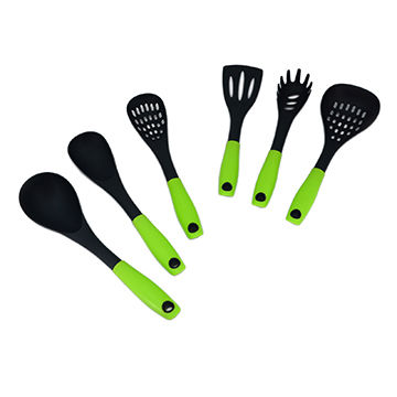 China KU129 6 pieces plastic kitchen utensil set with bright color handle