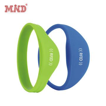 China qr nfc bracelet,rfid silicone bracelet from Chengdu