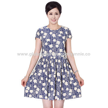 Ladies Printed Round Neck Short Sleeved Expansion Skirt Pleated