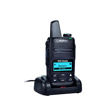 China Pocket wifi internet radio Q1 with ptt gsm phone long
