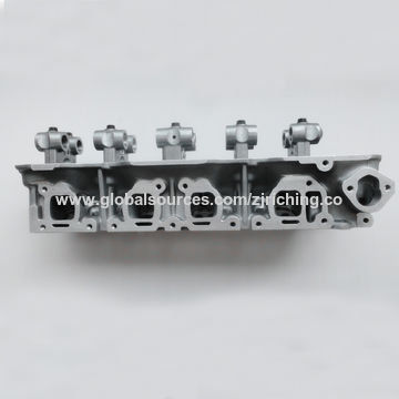 Cylinder Head for Nissan Z24, 2 4L, 1104120G13/1104113F00