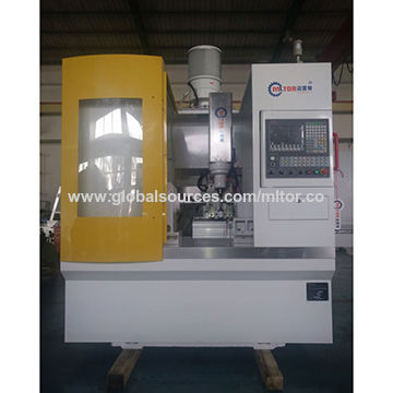 China 6-axis NC Control Roller Gear Hobbing Machine from