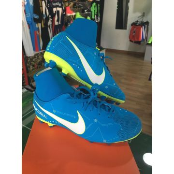 ... United States NIKE SHOES SHOES FOOTBALL MERCURIAL VI VICTORY AG