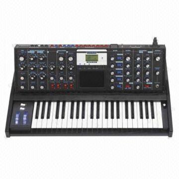 Moog MiniMoog Voyager Electric Blue Analog Synth- 3 0 please visit  www maxmusics com