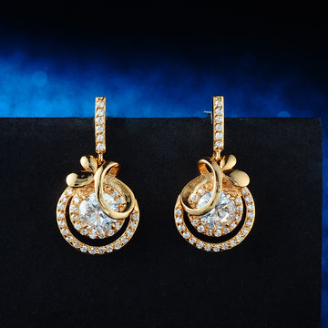 China Latest Model Fashion Earrings Made In Exquisite Gold Shaped For S