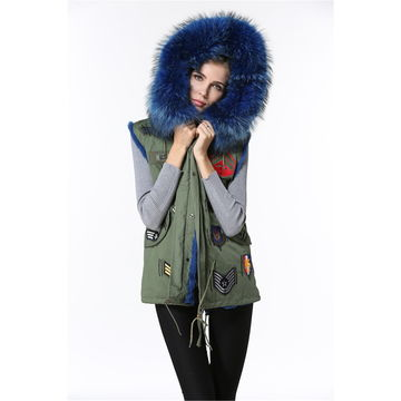 Fashionable women's faux fur vest garment with country's badge pattern